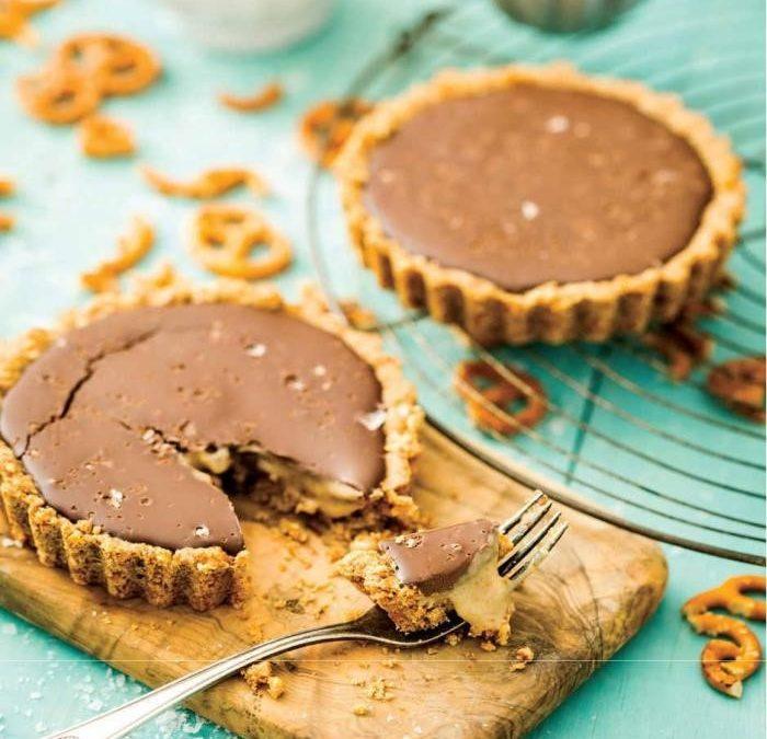 Mini Salted Chocolate Caramel Pretzel Tarts